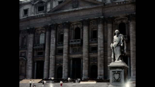 1960 St. Peter's Basilica, Rome, Italy Home Movie
