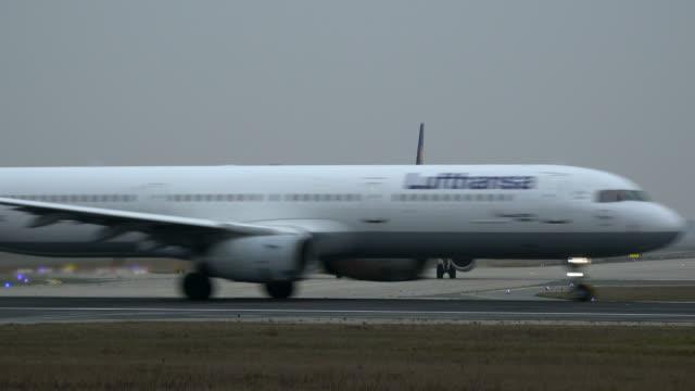 Starting Lufthansa Airbus airplane at Frankfurt Airport, Frankfurt am Mein, Hesse, Germany