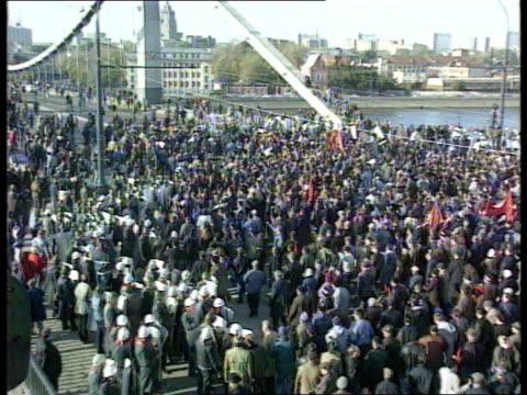 CONFLICT/ POLITICS State of Emergency declared Day Crimea Bridge TGV AntiYeltsin demonstrators marching along linking arms TGV Marchers approach walk...