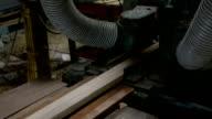 stationära hyvel maskin att göra strimla tjocklek trä