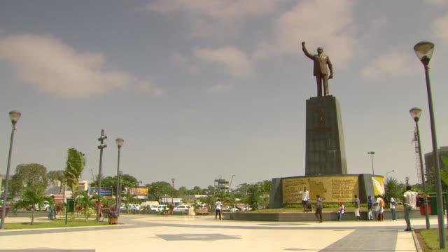MS Statue of Agostinho Neto and  New Town Square / Luanda, Angola