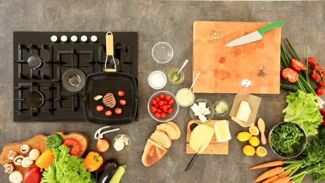 Bistecca alla griglia in padella essere