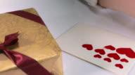 HD: Herzförmiger Aufkleber klemmt