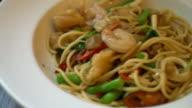 stir-fried spicy spaghetti with seafood