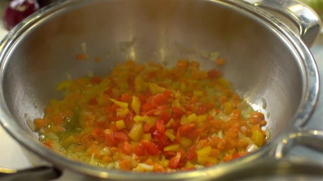 Stirred fruit In een Pan, slo