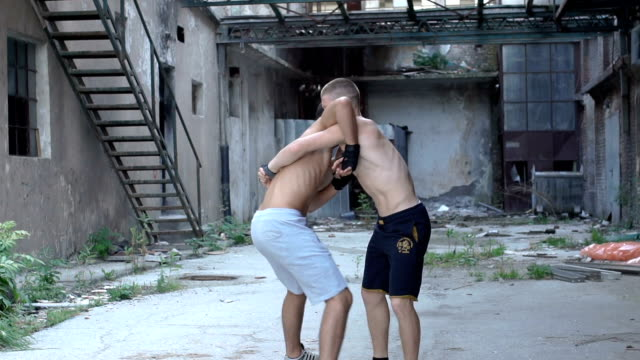 Street fighting outdoors