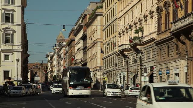 WS Street scene / Rome, Italy