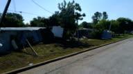 Weergave wijk straatdraai uit elkaar en volledig verwoest door de Orkaan Harvey in La Grange, Texas kleine stad Gulf Coast schade zone van Orkaan Harvey Path of Destruction.