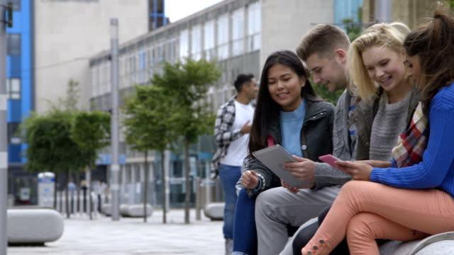 Studenti sviluppare di tecnologia e Internet