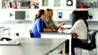 Studenten im Klassenzimmer