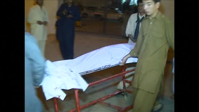 A suicide bomber tryto blow up a Shiite Muslim mosque in Pakistans southwestern city of Quetta killing 19 people and wounding more than 50 others at...