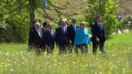 family photocall GERMANY Kruen Elmau Castle EXT Barack Obama Angela Merkel Shinzō Abe Stephen Harper Donald Tusk David Cameron MP Matteo Renzi...