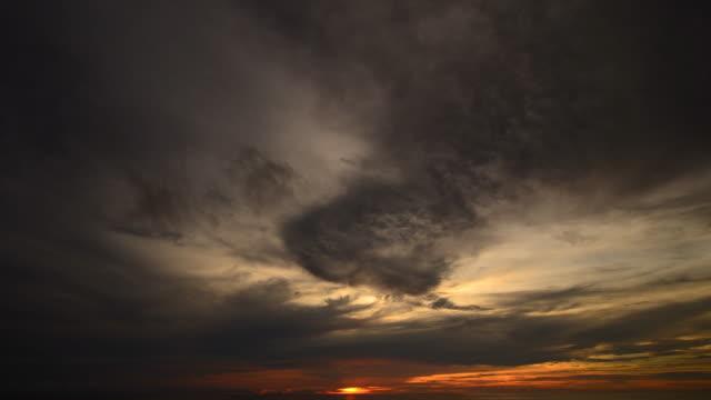 Sonnenaufgang am Andamanischen Meer