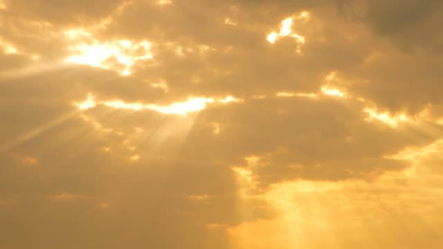 Sunrise at Cloud Time Lapse 4K