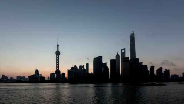 T/L WS Sunrise at the Bund / Shanghai, China