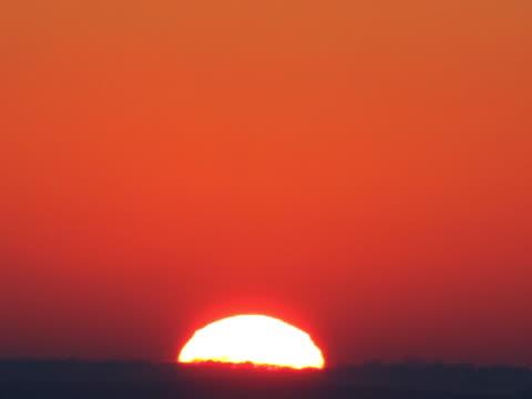 Sunrise. Clean. 576P 4:4:4