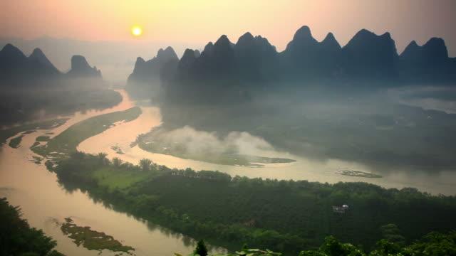 Sunrise on Li river