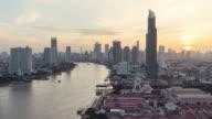 Sonnenaufgang über Bangkok, Thailand.