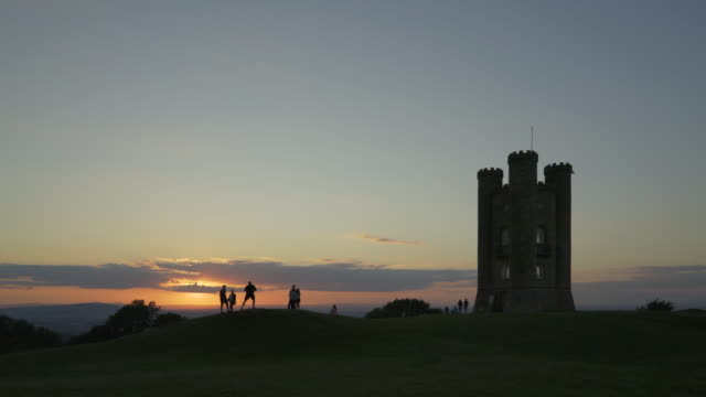 Sunset at Broadway Tower.