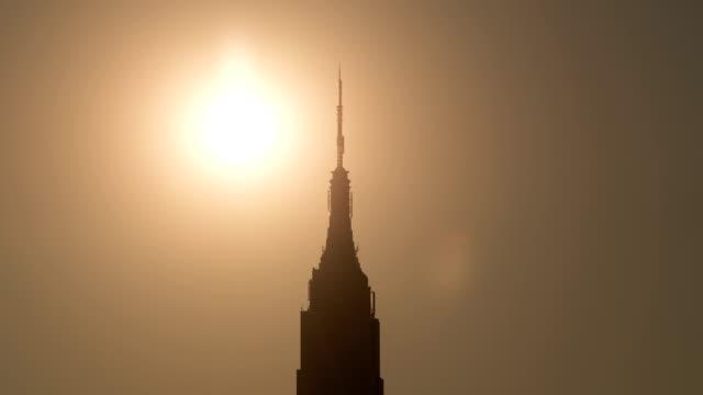 Empire-Sonnenuntergang