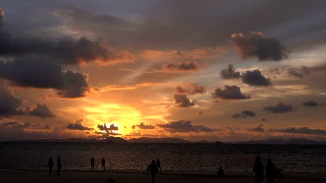 Zonsondergang op Krabi.