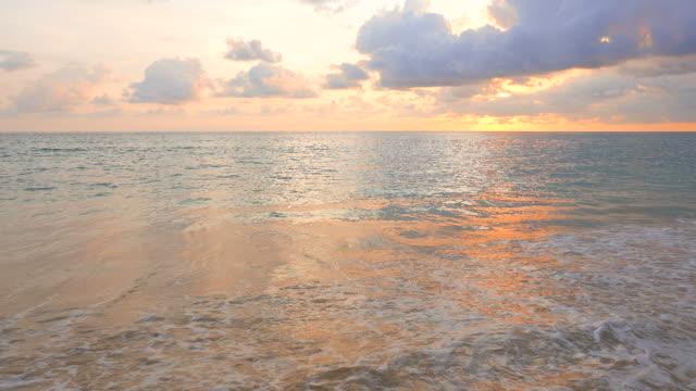HD-Sonnenuntergang am Strand