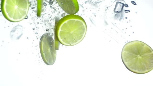 Super Zeitlupe, HD: Gekühlte Limonade machen