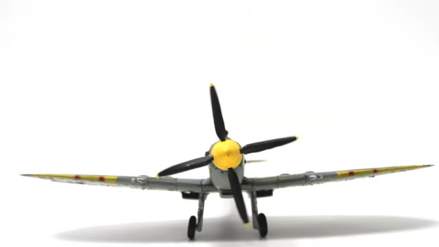 Supermarine Spitfire Motor Start