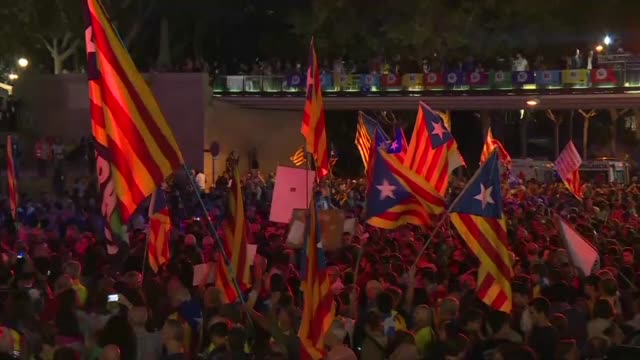 Supporters of an outlawed independence referendum in Catalonia rally on the final day of campaigning