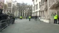 Supreme Court Brexit hearing arrivals ENGLAND London Supreme Court EXT Jeremy Wright QC and Lord Richard Keen QC arrival / Men arriving with...