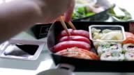 Sushi sharing   FO