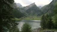 Swiss Alps - Alpenpanorama am Seealpsee in der Schweiz