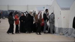 Syrians Fleeing Fighting Mass At Turkish Border
