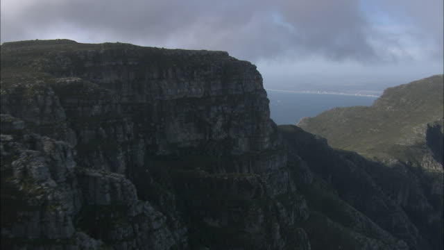 AERIAL Table Mountain and cityscape, Cape Town, Western Cape, South Africa