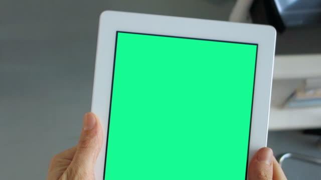 Tablet-PC im Büro Ihrer Anzeige ein.  - AUSWEIS