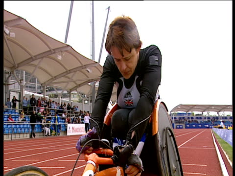 Tanni GreyThompson lines up at start of Women's T53 400m Final Paralympic World Cup Manchester Regional Arena 2005