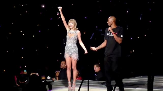 Taylor Swift presented a banner by Kobe Bryant at STAPLES Center in Los Angeles at Celebrity Sightings in Los Angeles on August 21 2015 in Los...