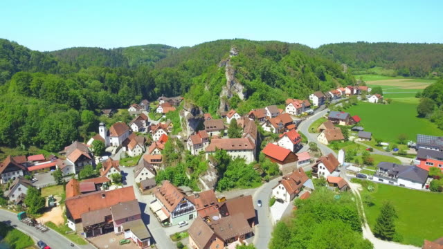 Tüchersfeld (Tuechersfeld, Tuchersfeld) Village In Franconia