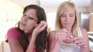 HD TIME LAPSE: Teenage Girls Applying Make-Up