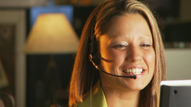 Telelphone operator