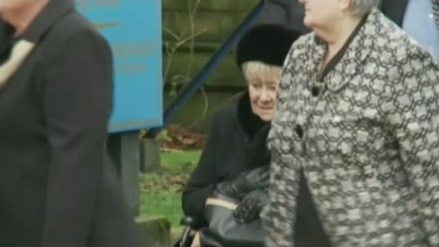 'Coronation Street' actor Liz Dawn dies LIB / T27111219 Manchester AshtonunderLyne Albion United Reformed Church EXT Liz Dawn along in wheelchair at...