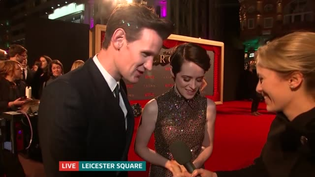 'The Crown' season 2 premieres in Leicester Square ENGLAND London Leicester Square PHOTOGRAPHY*** Reporter to camera Claire Foy and Matt Smith LIVE...