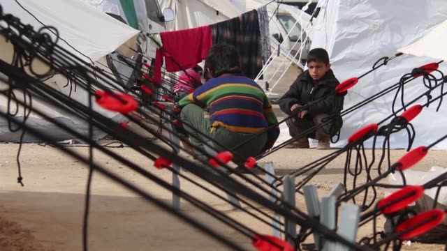 Tens of thousands of displaced Syrians continue to flock to Bab al Salama on the border with Turkey with the hopes that Ankara would eventually allow...