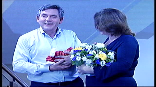 Testing of gene therapy treatment for cystic fibrosis announced TX Edinburgh INT **flash photography** Chancellor Gordon Brown with wife Sarah Brown...