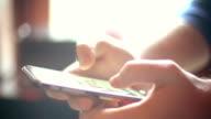 SMS su smartphone.