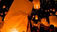 Tailandia sky Lanterna Festival tradizionale.