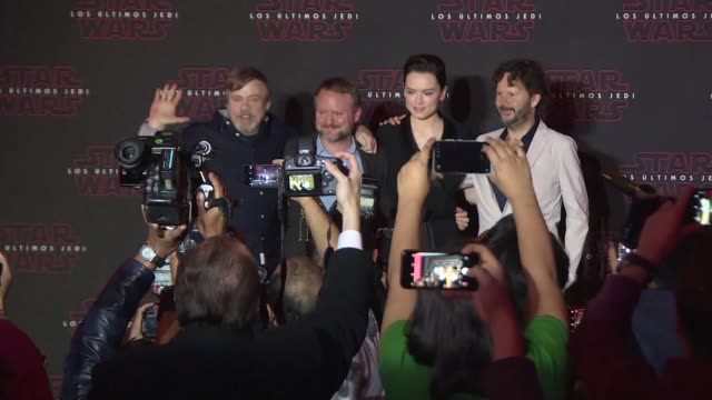 the last Jedi speak in Mexico City for the Mexican premiere of the movie