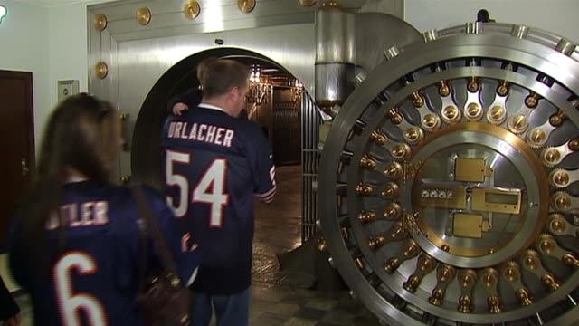 The Chicago Board Of Trade opens up their vault to the public People Entering The Chicago Board Of Trade Vault on October 20 2013 in Chicago Illinois