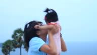 Die Mädchen lieben Enkelkind