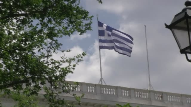 The Greek president on Sunday held lastditch talks with party leaders in a bid to form an emergency cabinet and avoid new polls that could endanger...